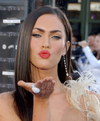 Megan Fox Red Carpet Makeup Look Megan Fox Makeup Look